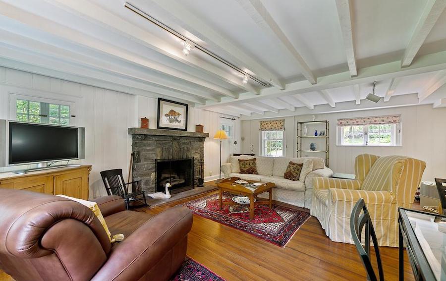 house for sale wayne pa bank house family room