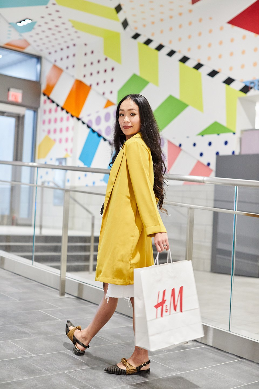 fashion-model-shopping