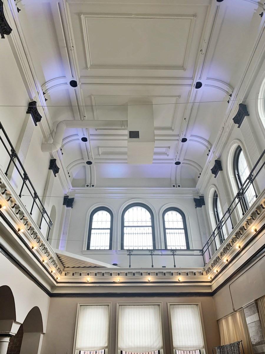banca-di-bruno-bros-ceiling