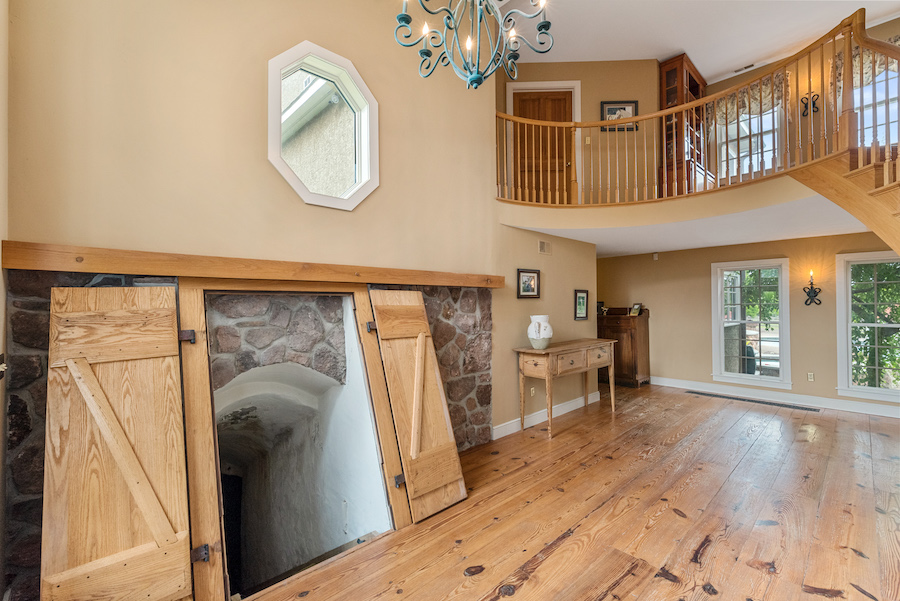 house for sale collegeville live-work-play farm foyer