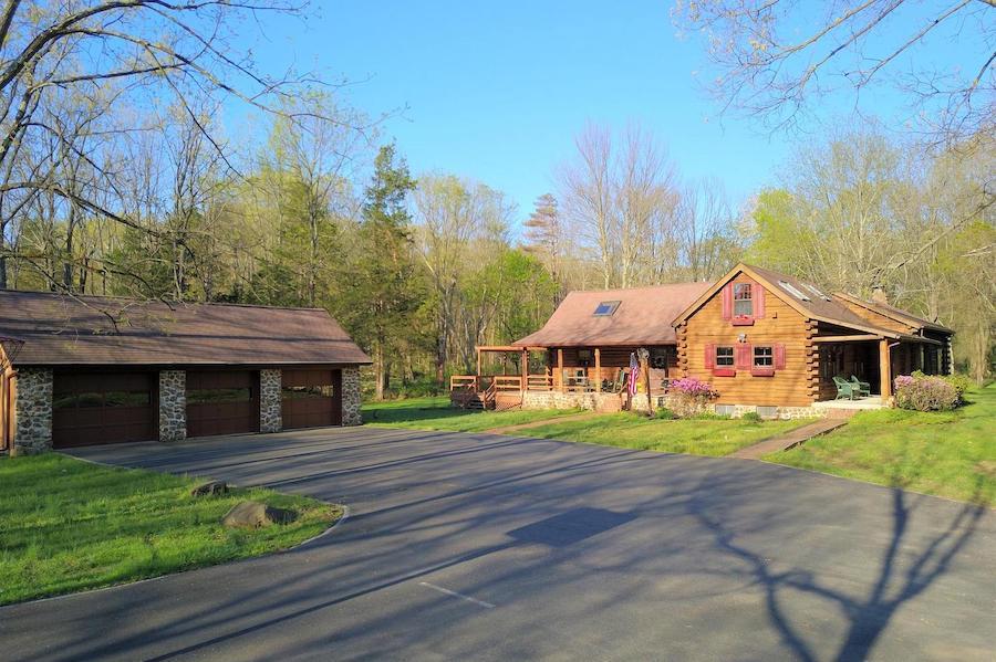 house for sale schwenksville log house exterior