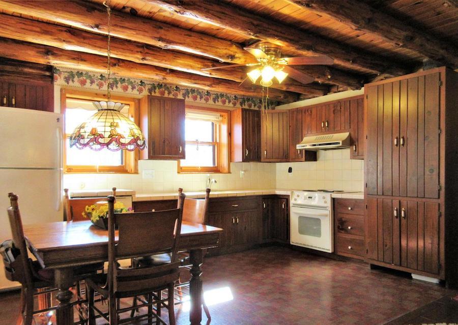 house for sale schwenksville log house kitchen