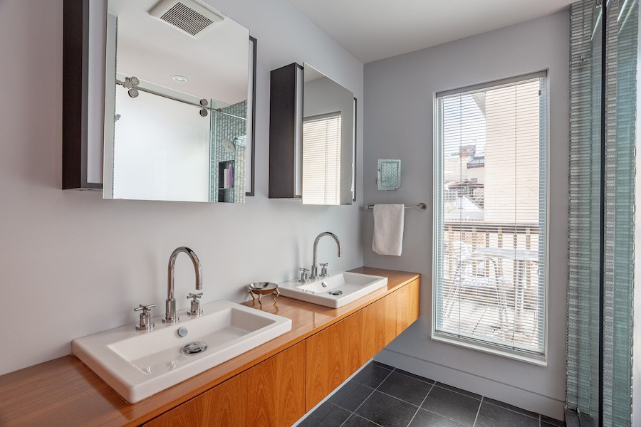 condo for sale society hill penn's landing square townhouse master bathroom