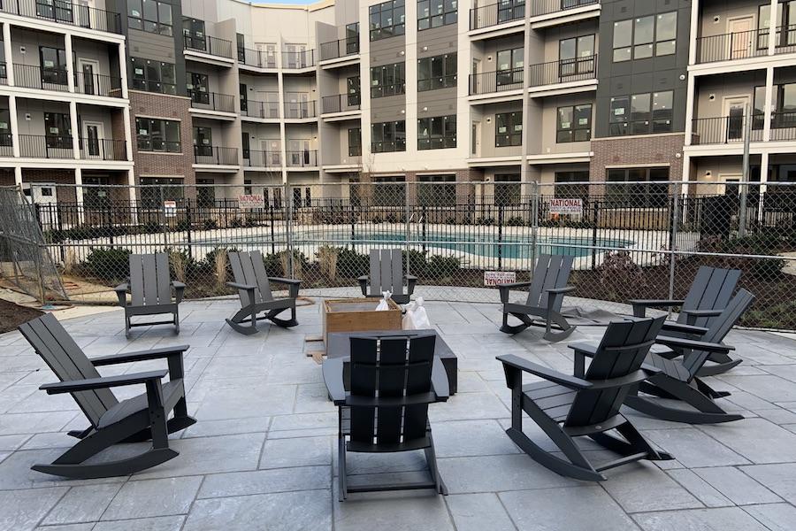 arlo-apartment-profile-building-2-pool-fire-pit