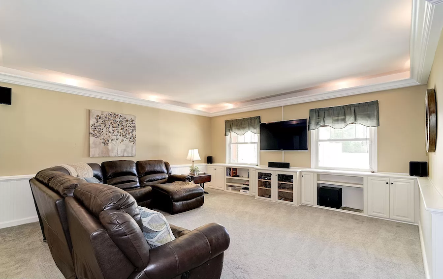 moorestown expanded cape great room