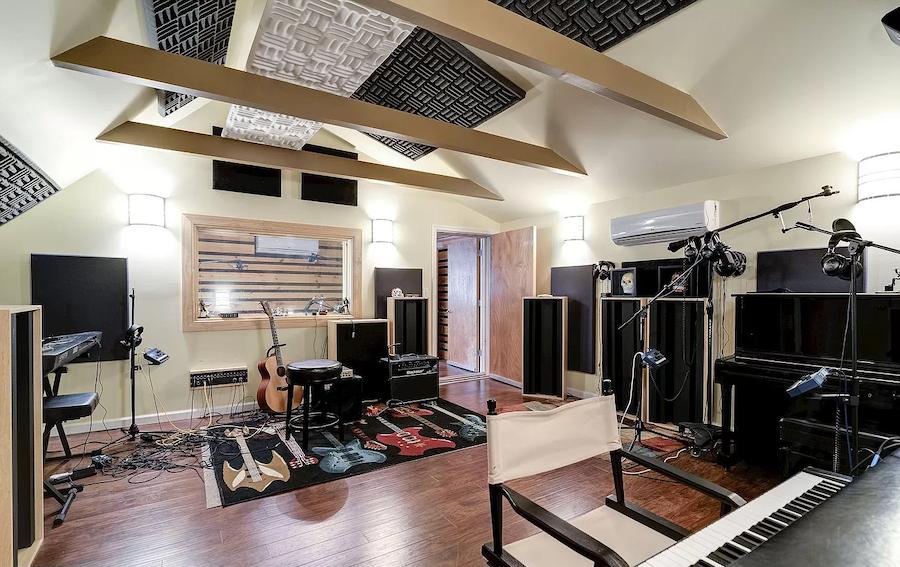 moorestown expanded cape recording studio