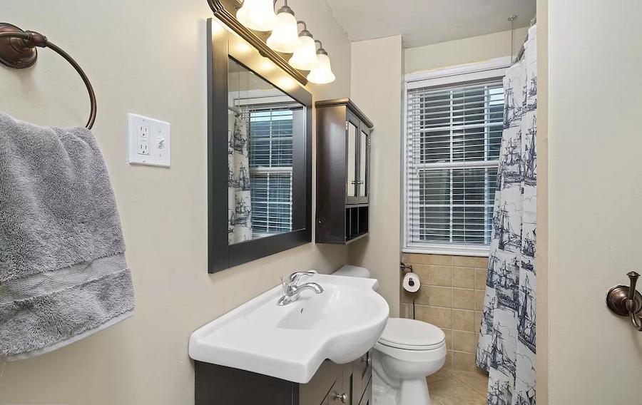 house for sale northern liberties renovated trinity bathroom
