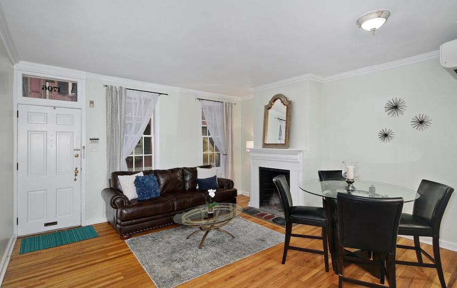 house for sale rittenhouse addison street townhouse living room