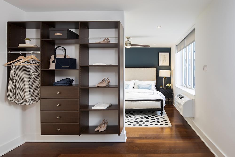 Washington penthouse Bedroom Wardrobe