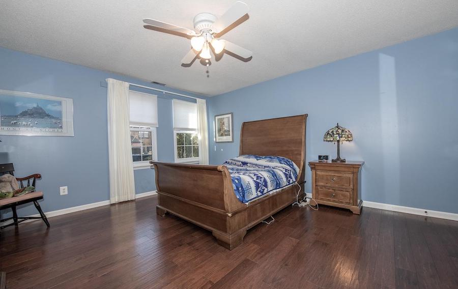 chesterbrook starter condo master bedroom