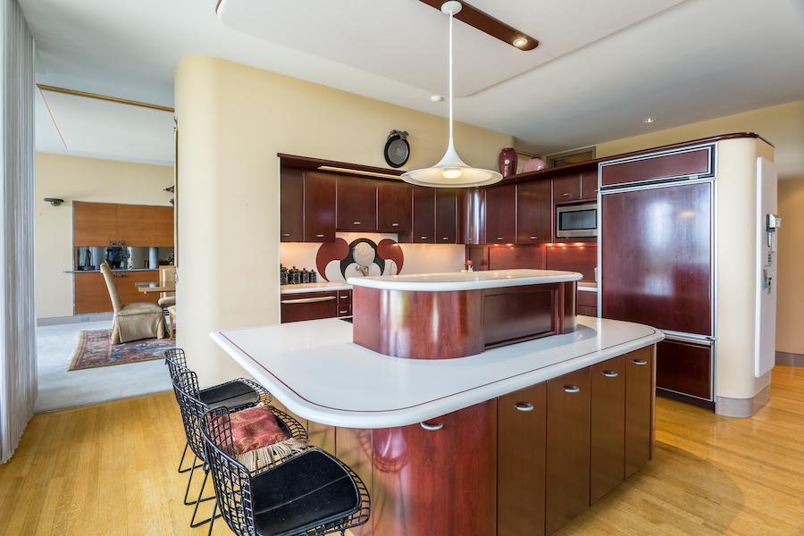 sinking spring hilltop mansion kitchen