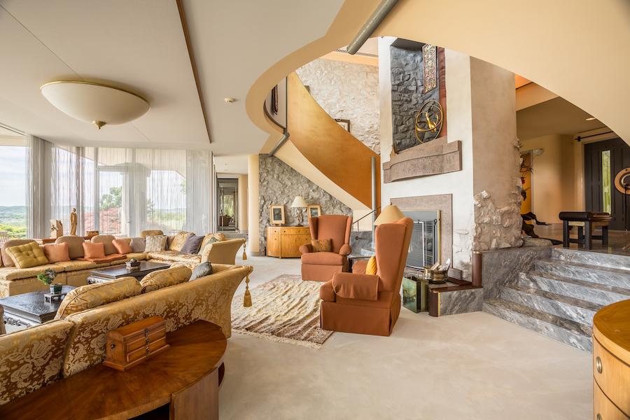 sinking spring hilltop mansion living room