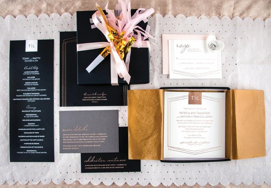 Smoochie Paper wedding invitation