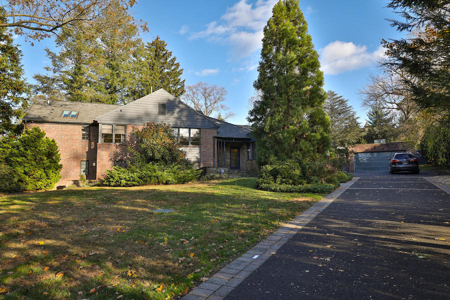 house for sale mt. airy midcentury modern split-level exterior front