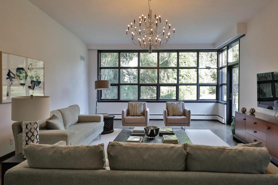 house for sale mt. airy midcentury modern split-level living room