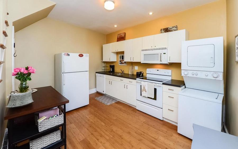 accessory unit living room/kitchen