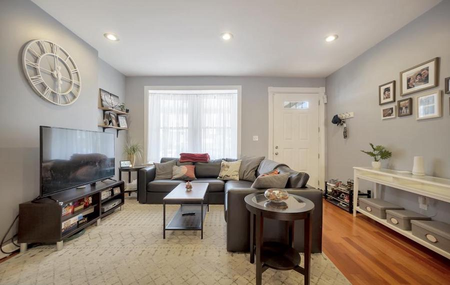 germantown italianate twin house for sale living room