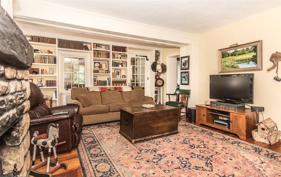 huntingdon valley colonial house for sale family room