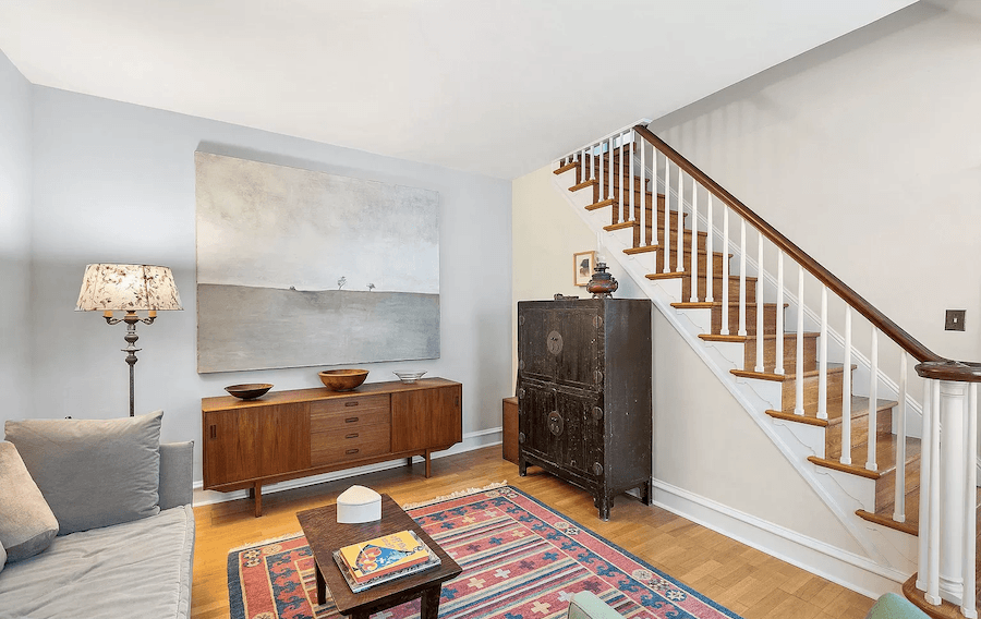 manayunk freestanding house for sale living room