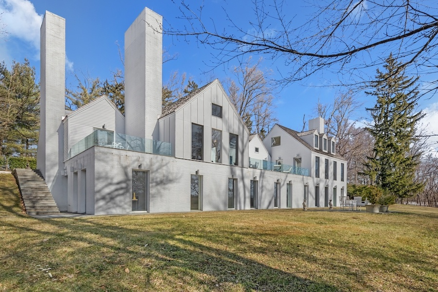 house for sale meadowbrook manor house rear elevation