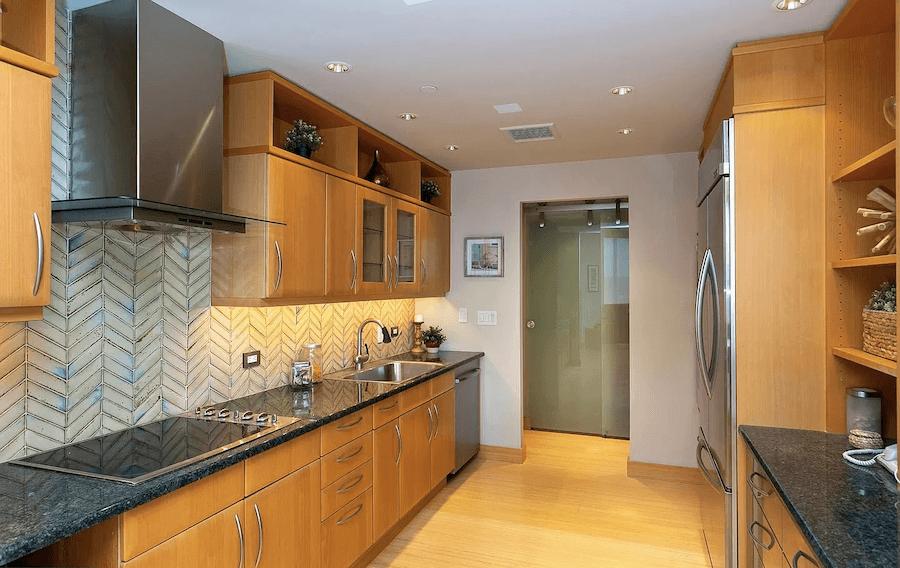 high-floor rittenhouse condo for sale kitchen