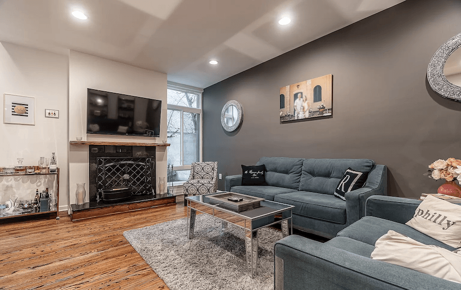 society hill head house square condo for sale living room