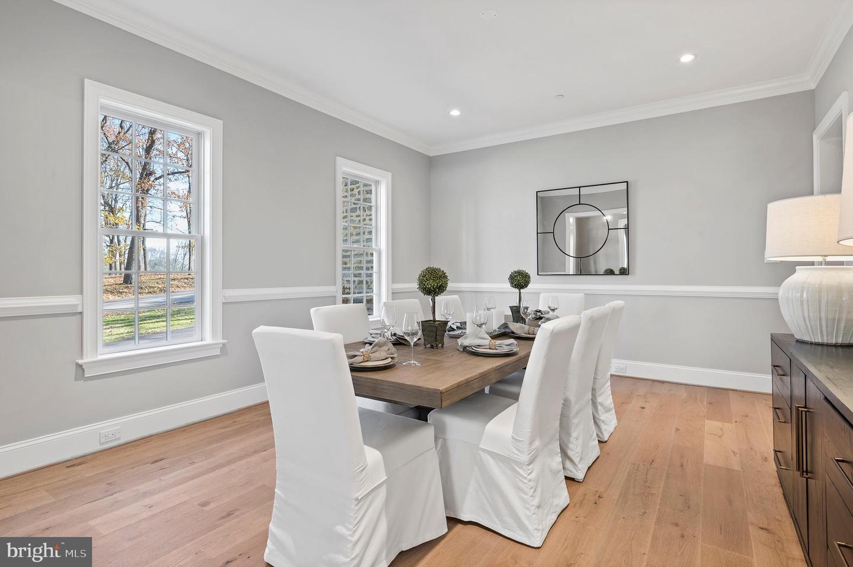 wayne custom colonial house for sale dining room