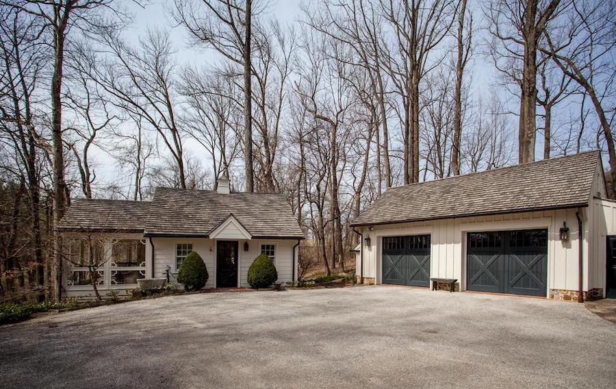 garage and cottage