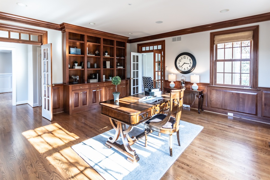 newtown square colonial house for sale study