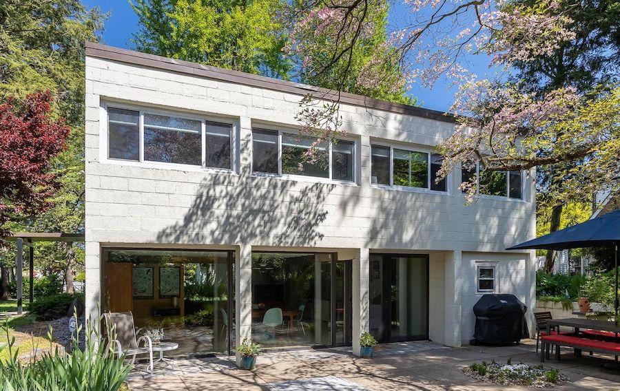 midcentury modern roxborough house for sale rear elevation