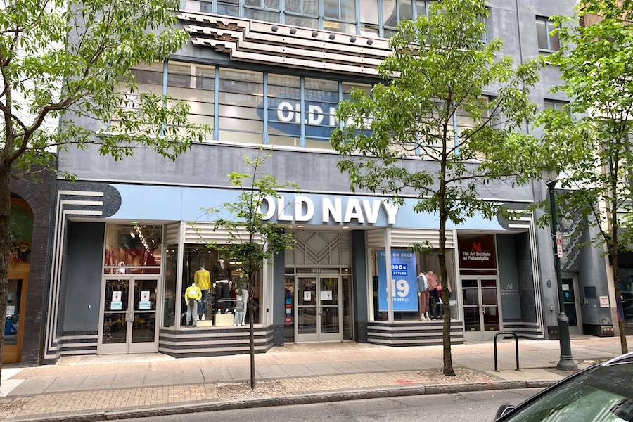 the chestnut street old navy in philadelphia, which is being sued for unpaid rent