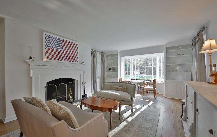 lower gwynedd colonial house for sale living room