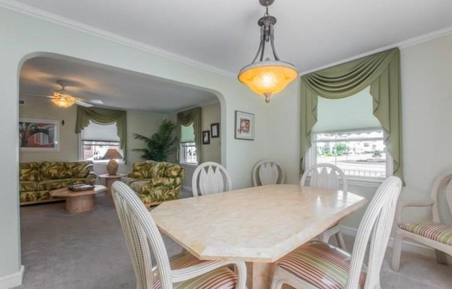longport cape cod house for sale dining room