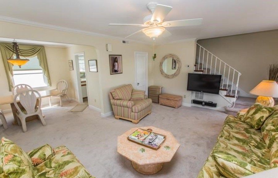 longport cape cod house for sale living room
