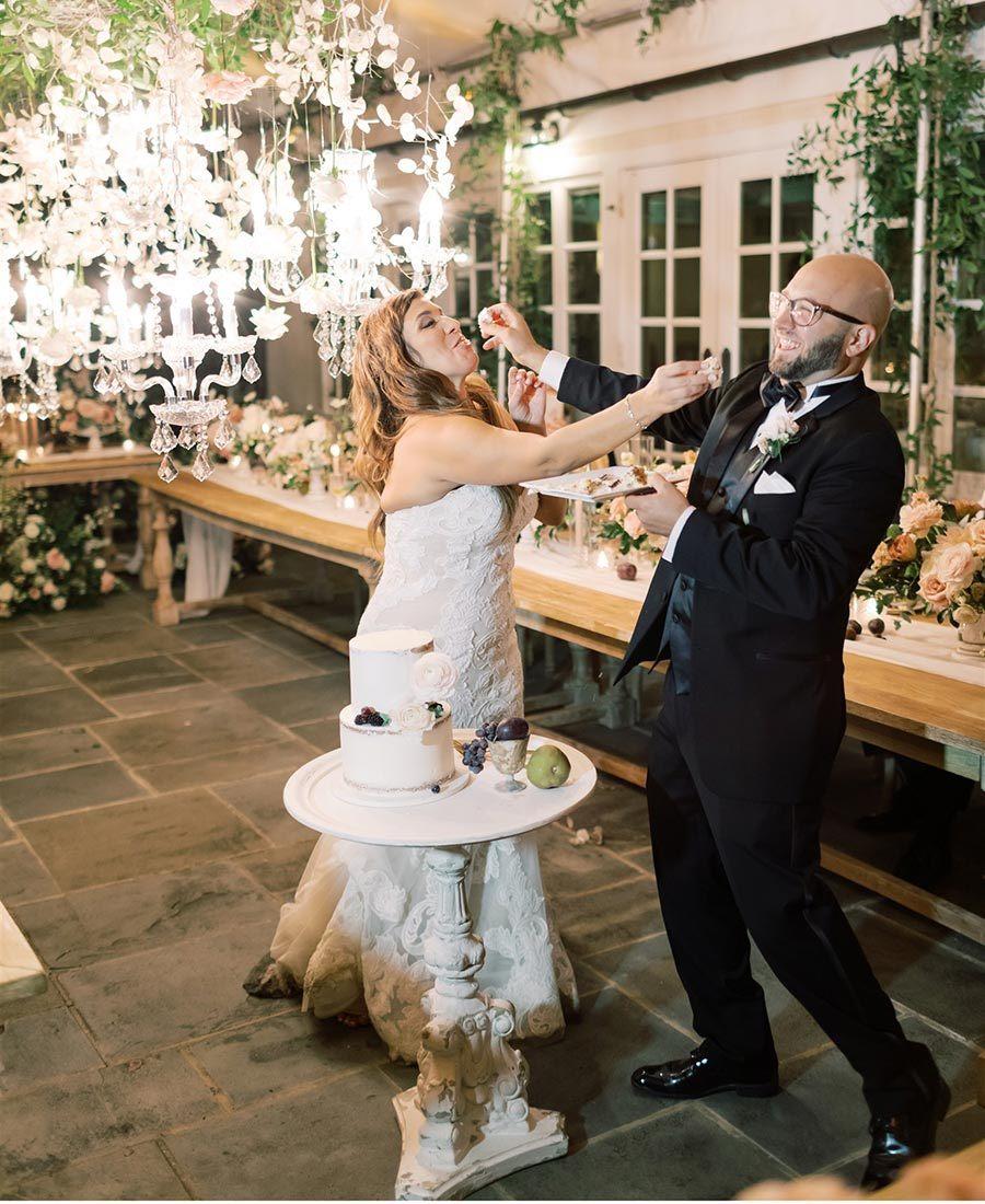 Inn at Barley Sheaf Farm micro-wedding