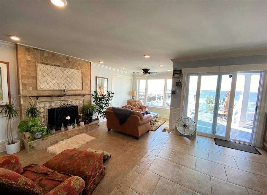 margate contemporary bayfront house for sale living room