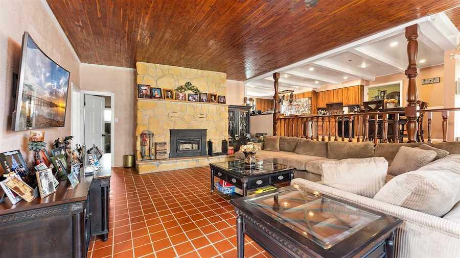 wildwood victorian house for sale den