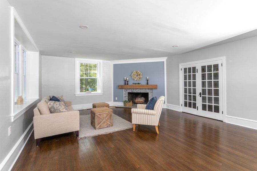 house for sale cinnaminson farm house living room