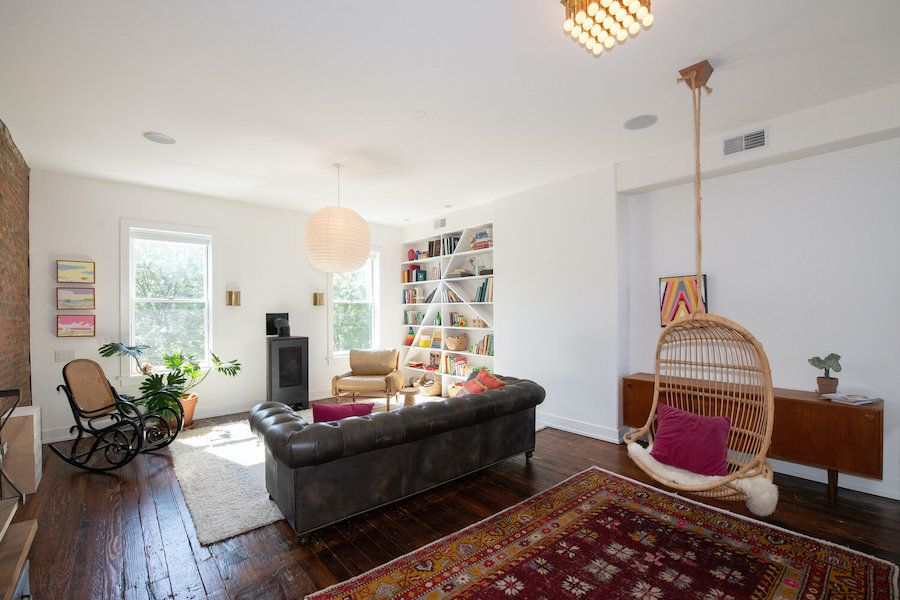 hawthorne renovated row house for sale living room