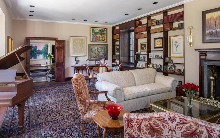 newtown square colonial farmhouse for sale living room