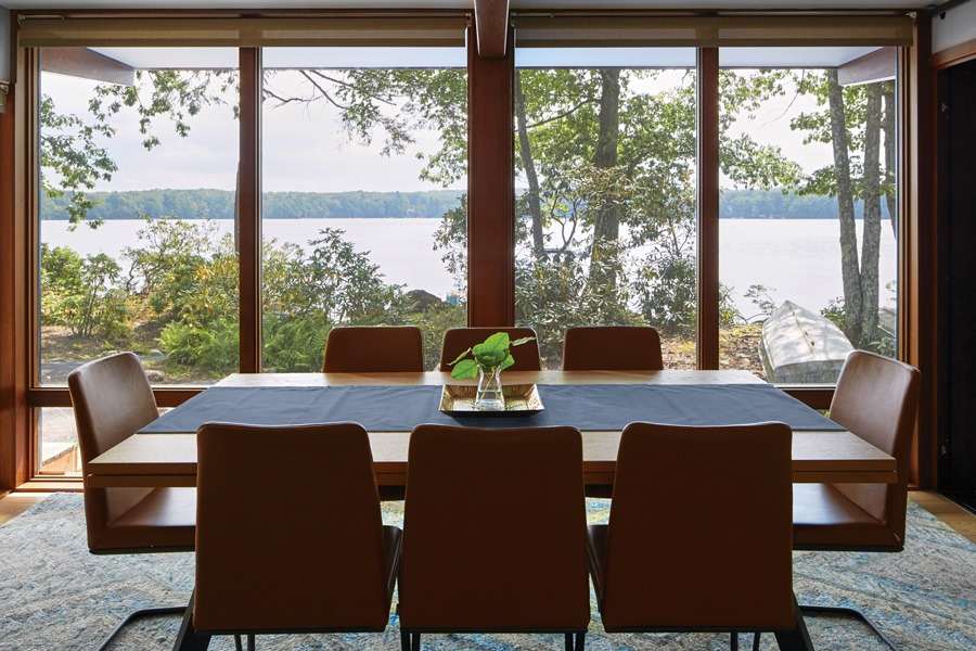 Look Inside This Gorgeous Mid-Century Modern Lake House