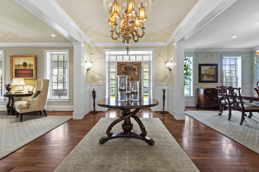house for sale berwyn lakeside colonial foyer