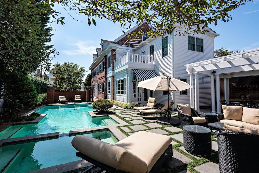 house for sale Ventnor colonial backyard