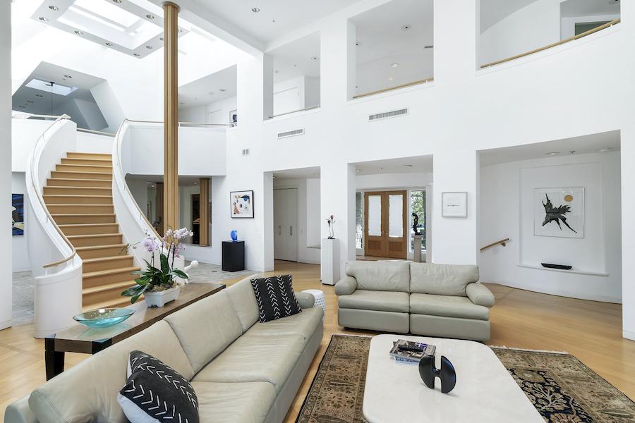 house for sale Flourtown modern manor living room