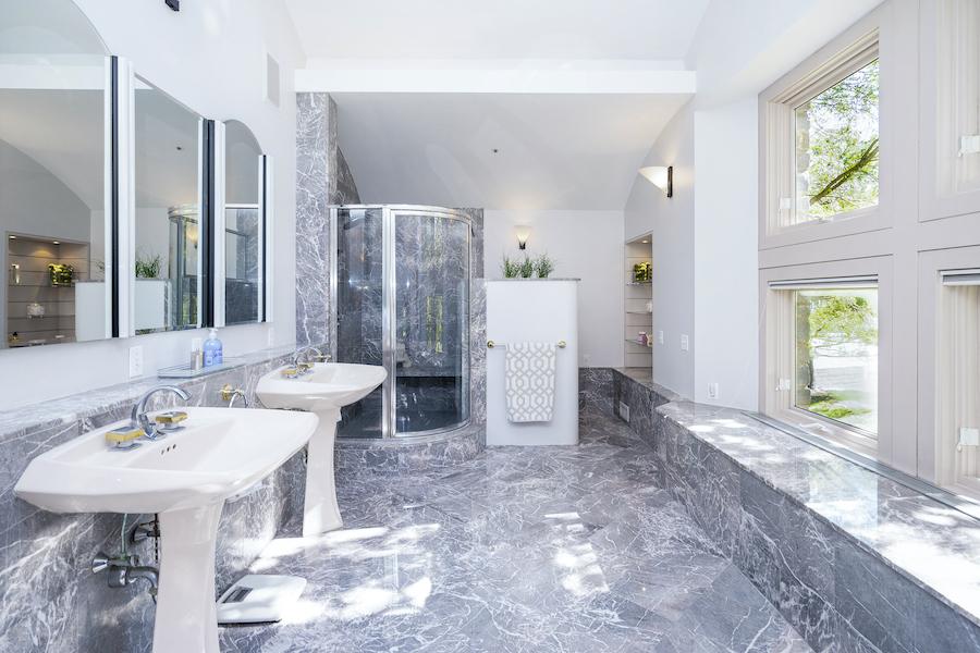 primary bathroomq