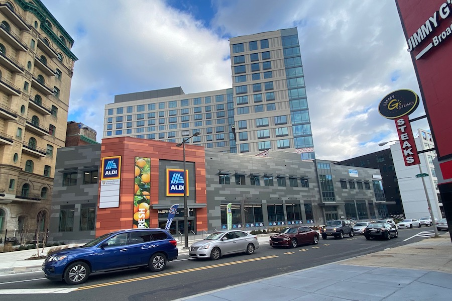 broadridge apartment preview building exterior