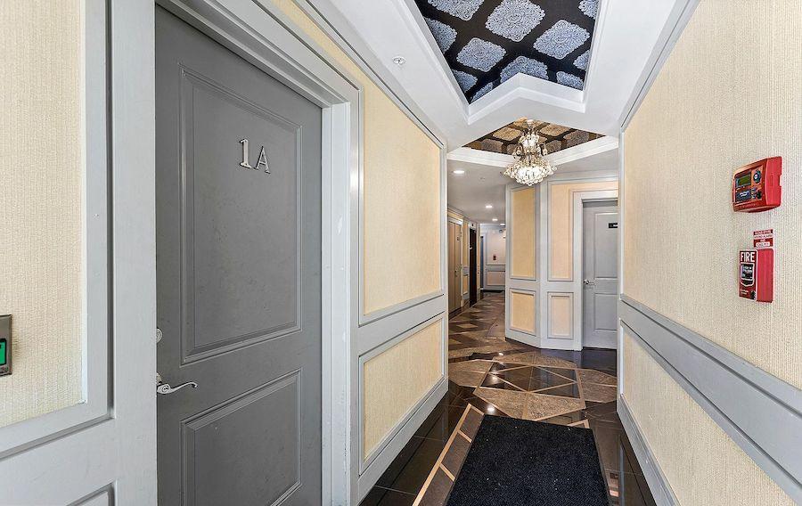 condo for sale callow hill modern hallway