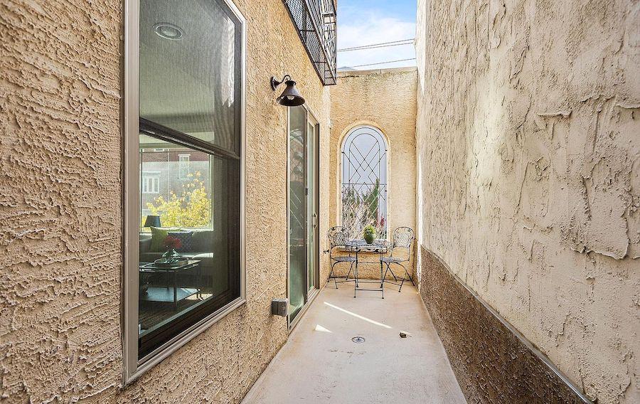 condo for sale callow hill modern patio