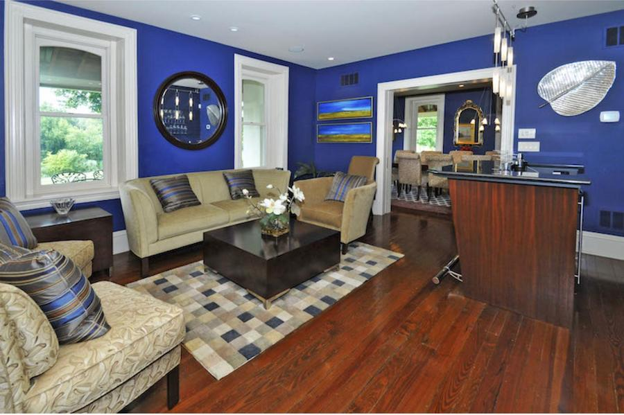house for sale Norristown victorian living room
