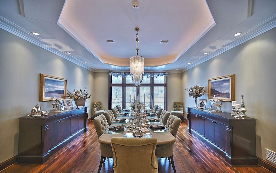 house for sale East Stroudsburg manor dining room
